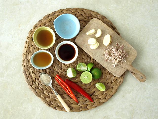 Lemongrass beef salad ingredients