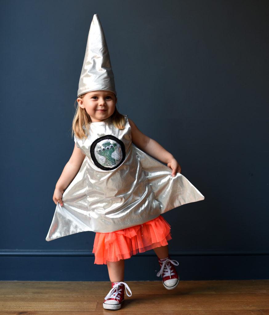Ladyland-space-costume-rocket-web
